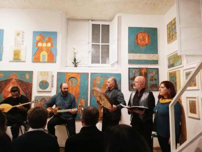 Orchestra Persiana E Coro Persepolis
